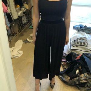 Zara flared cropped pants in XS